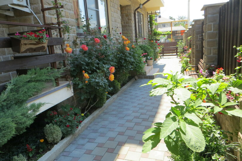 """Гостеприимный дом """"Альпина"""", Совхозный переулок, 4 на 10 комнат - Фотография 10"""