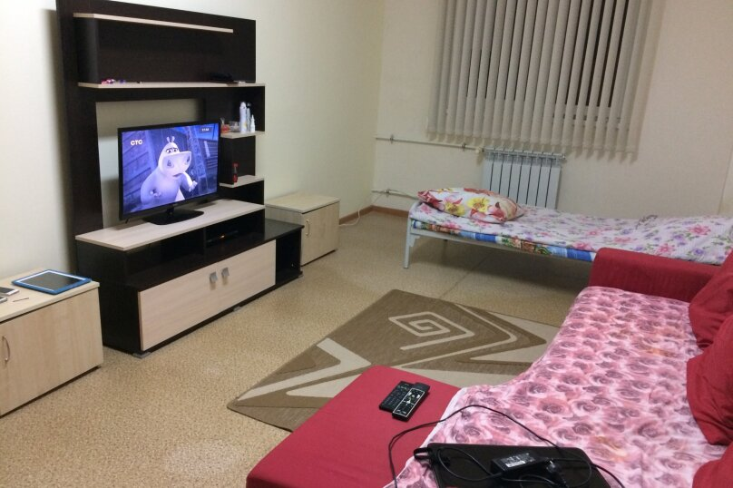 2-комн. квартира, 40 кв.м. на 4 человека, Эстонская улица, 37, Красная Поляна - Фотография 1