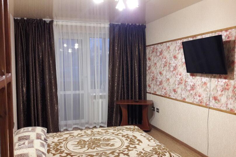 2-комн. квартира, 50 кв.м. на 4 человека, Залесская улица , 82-63, Симферополь - Фотография 1