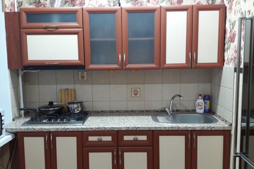 2-комн. квартира, 50 кв.м. на 4 человека, Залесская улица , 82-63, Симферополь - Фотография 5