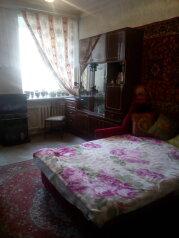 2-комн. квартира, 72 кв.м. на 5 человек, Литейный проспект, метро Владимирская, Санкт-Петербург - Фотография 1