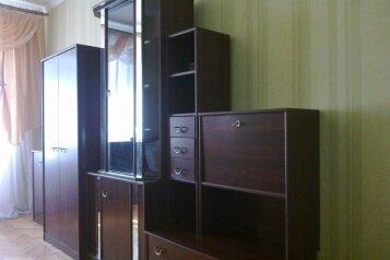 1-комн. квартира, 30 кв.м. на 3 человека, улица Назукина, 2, Феодосия - Фотография 3