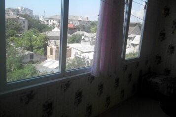 2-комн. квартира, 48 кв.м. на 4 человека, проспект Ленина, 20/27, Евпатория - Фотография 2