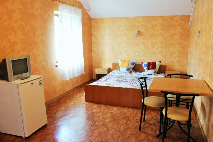 """Гостиница """"Юлия"""", улица Гарнаева, 76 на 15 комнат - Фотография 11"""