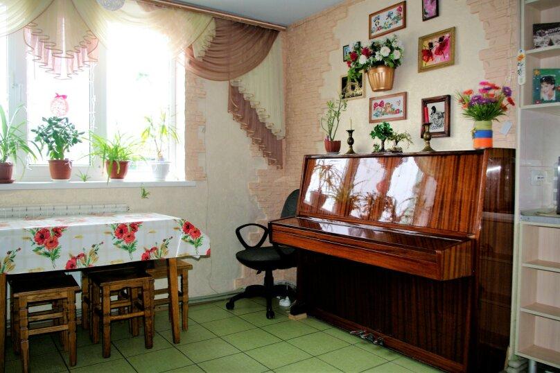 Дом под ключ, 65 кв.м. на 6 человек, 2 спальни, Первомайская улица, 73, Молочное - Фотография 2