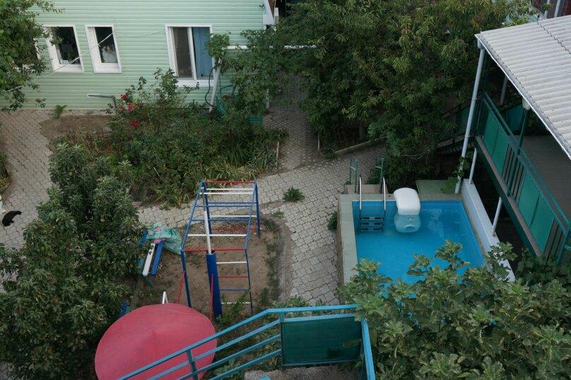 """Гостевой дом """"Приморский"""", улица Бусина, 2 на 12 комнат - Фотография 3"""