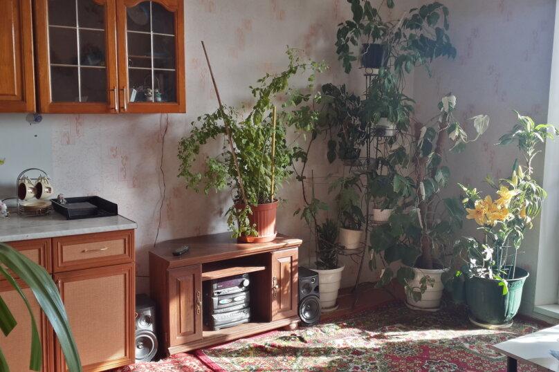 1-комн. квартира, 43 кв.м. на 5 человек, Шагольская улица 1-й квартал, 6А, Челябинск - Фотография 1