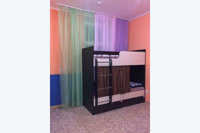 Кровать в четырехместном номере, улица Салтыкова-Щедрина, 7, Ярославль - Фотография 1