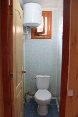 Дом под ключ:  Номер, Люкс, 6-местный, 1-комнатный, Гостевой дом, улица Антонова на 10 номеров - Фотография 3