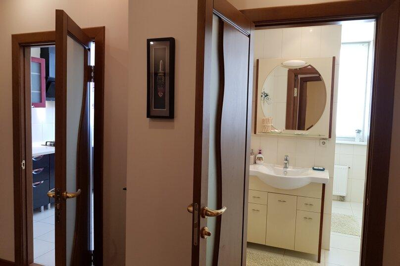 2-комн. квартира, 75 кв.м. на 4 человека, улица Павла Дыбенко, 24, Севастополь - Фотография 11