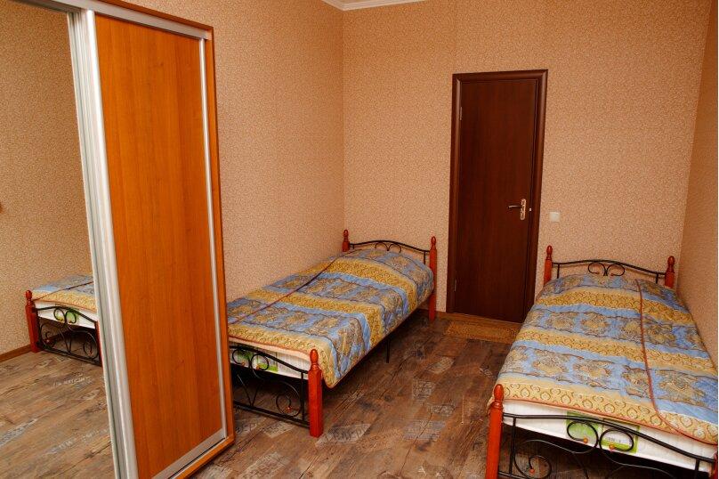 Стандартный номер с раздельными кроватями, квартал Перчемный, 2, Судак - Фотография 5