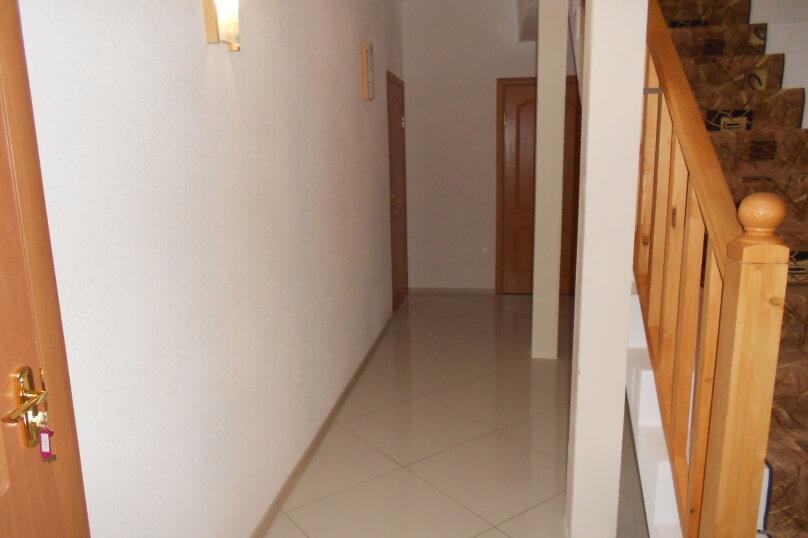 Дом, 220 кв.м. на 18 человек, 6 спален, 22 квартал, 1, Ростов - Фотография 4