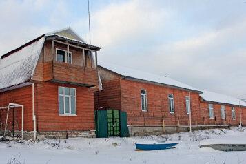 Коттедж, 70 кв.м. на 8 человек, 1 спальня, Окружная улица, Ростов - Фотография 1