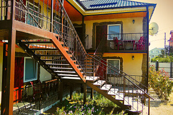 Гостевой дом, Приозерная на 9 номеров - Фотография 1