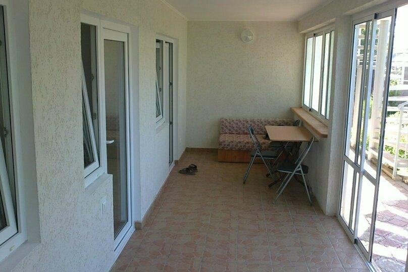 Гостевой дом Лето, Первомайская улица, 14 на 20 комнат - Фотография 11