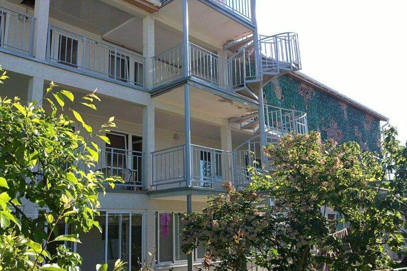 Гостевой дом Лето, Первомайская улица, 14 на 20 комнат - Фотография 14