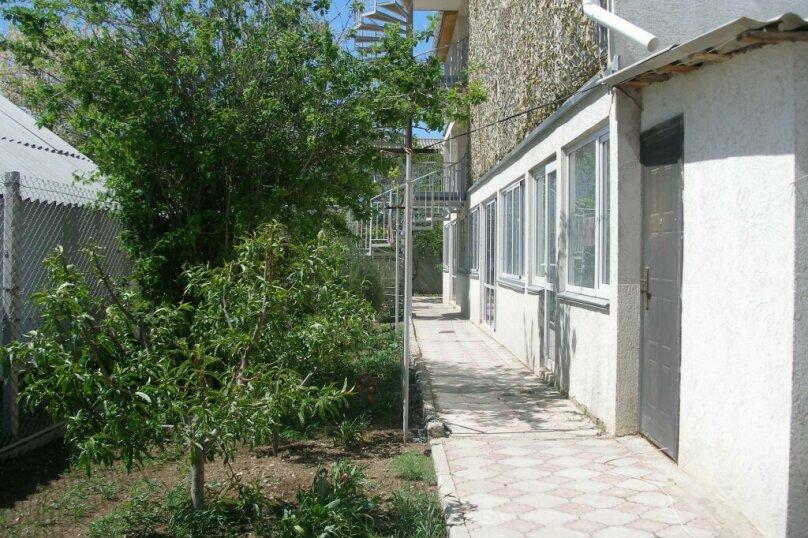 Гостевой дом Лето, Первомайская улица, 14 на 20 комнат - Фотография 15