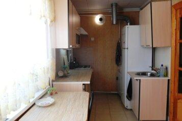 Сдается дом для Вашего отдыха, 50 кв.м. на 5 человек, 2 спальни, Таманская улица, Ейск - Фотография 3