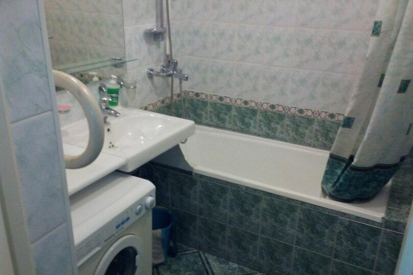 2-комн. квартира, 70 кв.м. на 10 человек, улица Ломоносова, 61, Новосибирск - Фотография 10