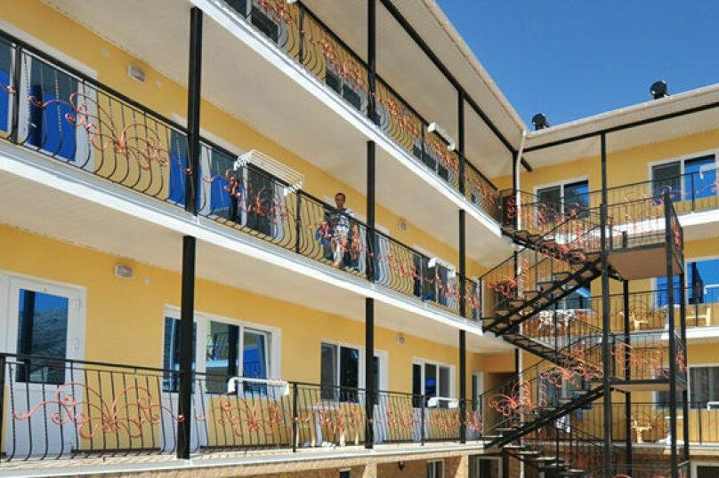 "Гостиница ""Papillon"", улица Султана Амет-Хана, 32 на 27 номеров - Фотография 1"