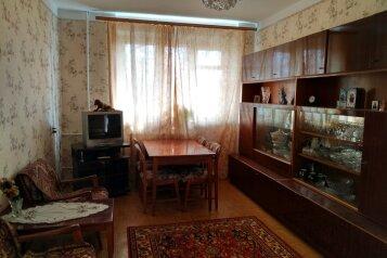 2-комн. квартира, 56 кв.м. на 4 человека, улица Героев Севастополя, Севастополь - Фотография 2
