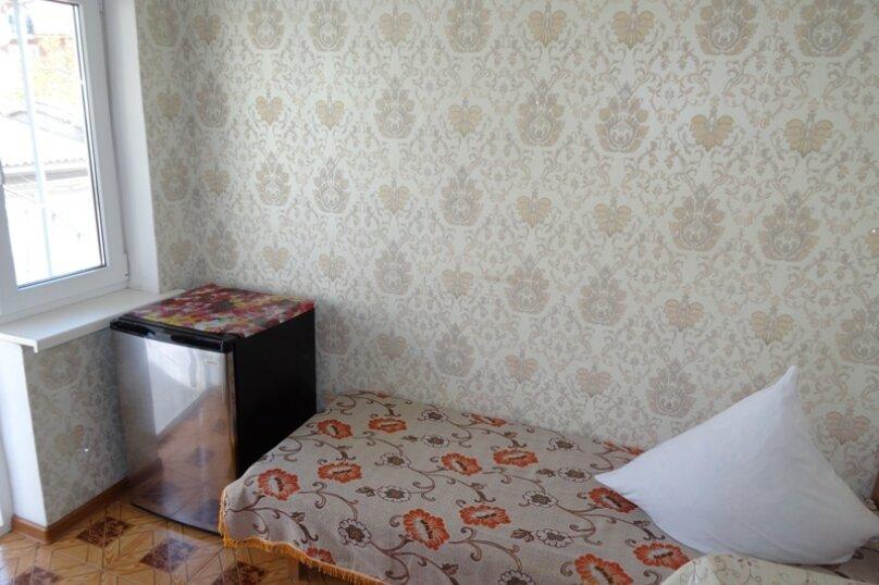 Гостиница 810681, улица Ленина, 4 на 13 номеров - Фотография 7