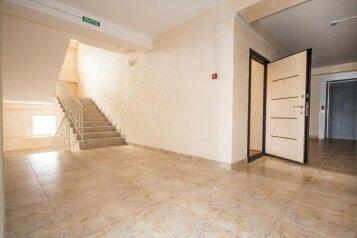 1-комн. квартира, 27 кв.м. на 3 человека, улица Пляж Омега, Севастополь - Фотография 2