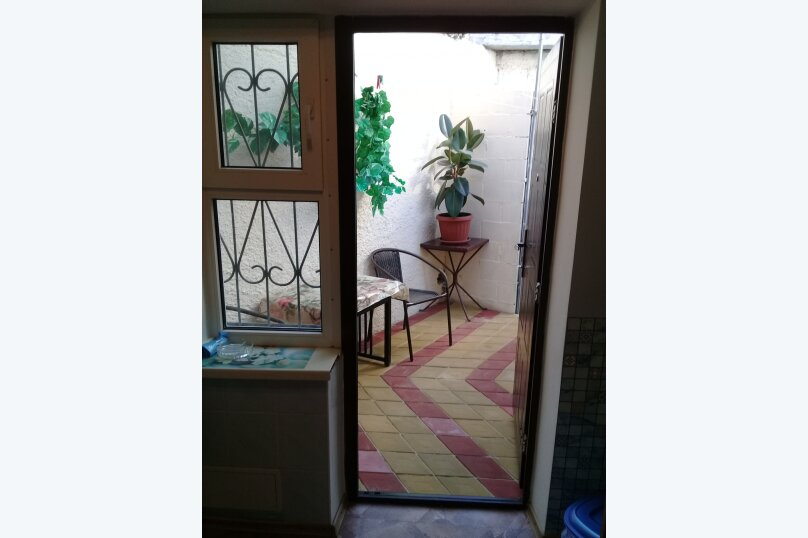 Домик , 40 кв.м. на 4 человека, 1 спальня, улица Горького, 5А, Алушта - Фотография 7