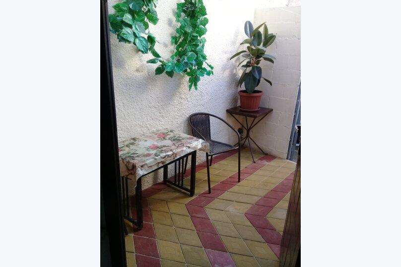 Домик , 40 кв.м. на 4 человека, 1 спальня, улица Горького, 5А, Алушта - Фотография 8