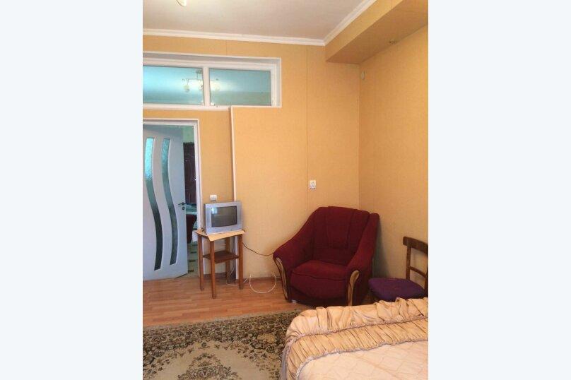 2-комн. квартира, 50 кв.м. на 4 человека, Веденского, 20, Сухум - Фотография 4