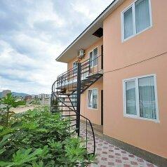 Дом на 12 человек, 4 спальни, улица Гуль-Тепе, 22, Судак - Фотография 1
