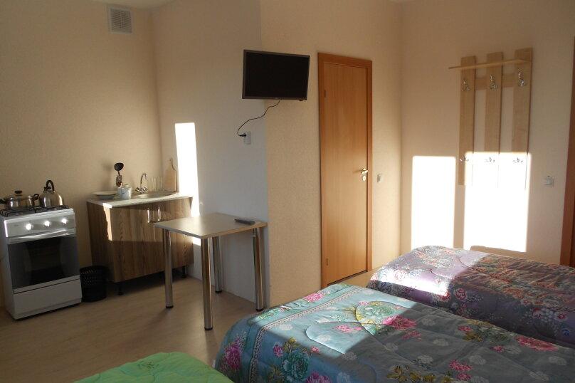 Дом, 220 кв.м. на 18 человек, 6 спален, 22 квартал, 1, Ростов - Фотография 11