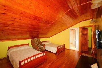 5 и 6 мест:  Номер, Стандарт, 6-местный (5 основных + 1 доп), 3-комнатный, Гостиница , улица Краснозелёных на 9 номеров - Фотография 3