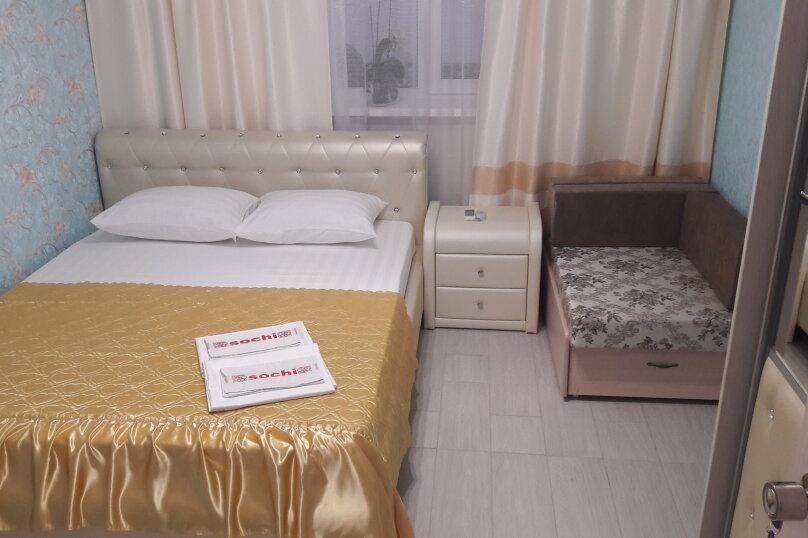 Номер-1 (2-этаж), улица Одоевского, 1, Лазаревское - Фотография 1