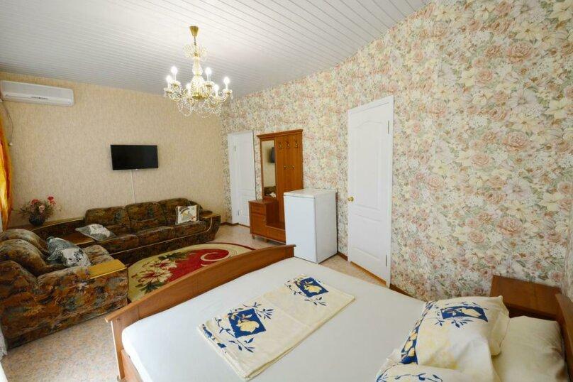 Отдельная комната, переулок Серова, 2Б, Коктебель - Фотография 1