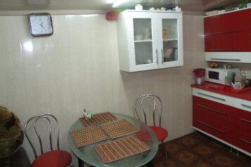 Дом на 3 комнаты 2 отдельных входа, 60 кв.м. на 10 человек, 3 спальни, савченкова , 12, поселок Приморский, Феодосия - Фотография 2