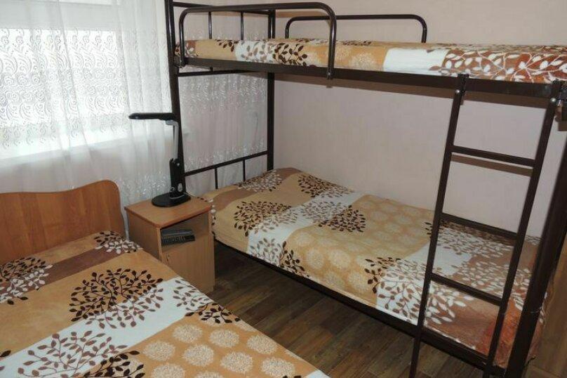 Гостевой домик, 35 кв.м. на 5 человек, 2 спальни, улица Таманская, 53, Ейск - Фотография 2