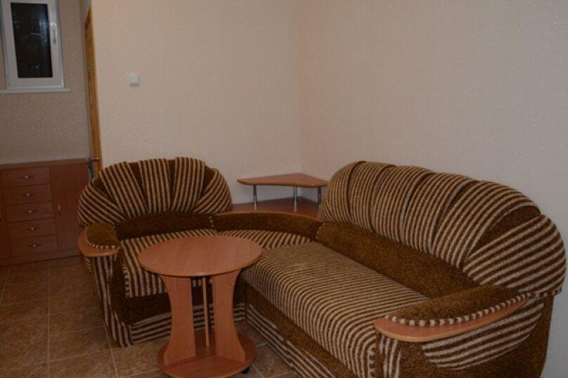 Гостиница 809642, Набережная улица, 64 на 13 комнат - Фотография 9