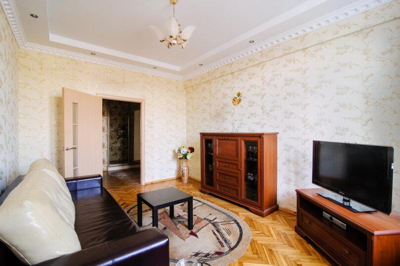 2-комн. квартира на 4 человека, проспект Независимости, 44, Минск - Фотография 2