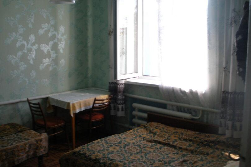 3-х местный, Партизанская , 39, Евпатория - Фотография 1