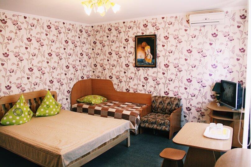 Полулюкс, Молодежная, 7, Солнечногорское - Фотография 1