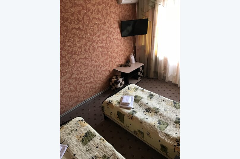 """Гостевой дом """"Ольга"""", улица Чкалова, 10/8 на 16 комнат - Фотография 6"""