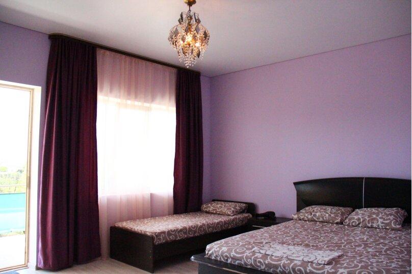 """Гостевой дом """"Бугенвилия"""", Сухумское шоссе, 162/1 на 8 комнат - Фотография 13"""