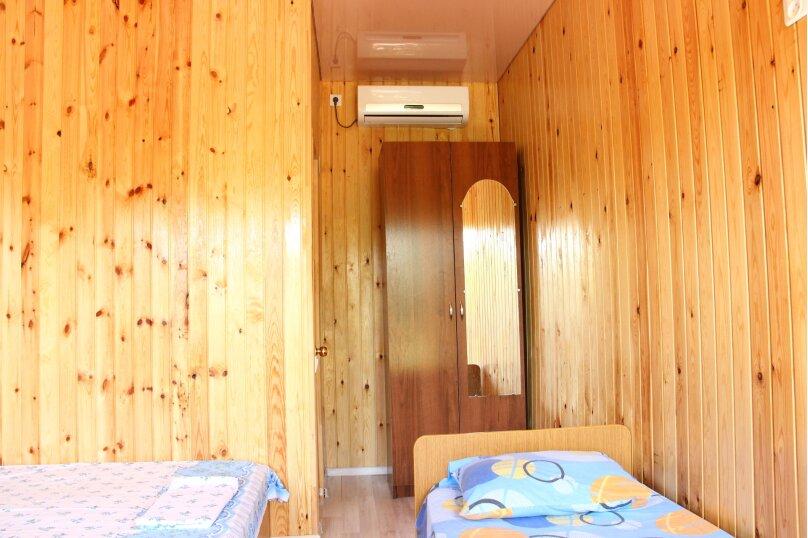 """Гостевой дом """"Бугенвилия"""", Сухумское шоссе, 162/1 на 8 комнат - Фотография 18"""