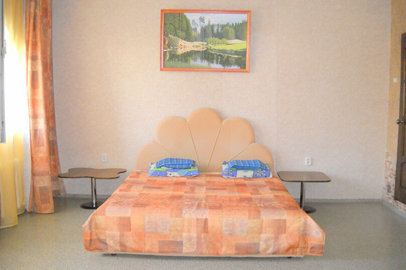 Комфортная комната для трех гостей, улица Тургенева, 57, Анапа - Фотография 1