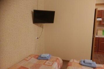 1-комн. квартира, 29 кв.м. на 3 человека, 12-я линия Васильевского острова, Санкт-Петербург - Фотография 2