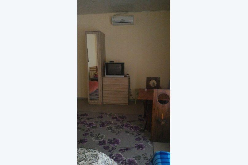 """Гостевой дом """"Три кита"""", Зеленая, 3 на 12 комнат - Фотография 49"""