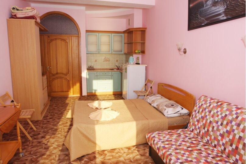 2-х комнатный 4-х местный с удобствами семейный, улица Гагариной, 25/314, Утес - Фотография 1