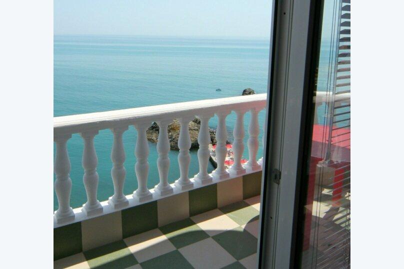 Полулюкс с видом на море, улица Гагариной, 25/314, Утес - Фотография 1