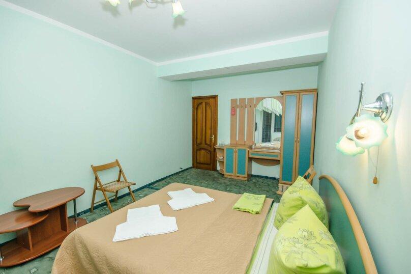 2-х местный эконом+ с удобствами на 2 номера, улица Гагариной, 25/314, Утес - Фотография 3
